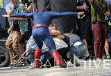 005-supermansecondlook.jpg