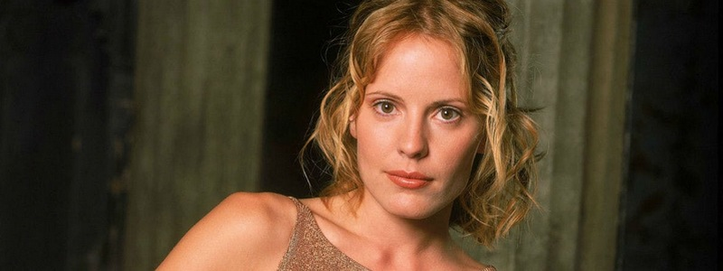 Emma Caulfield is Cameron Chase