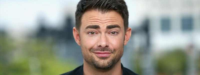"Jonathan Bennett Joins Supergirl ""Stand and Deliver"""